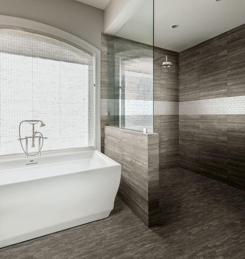 Horizon line in shower