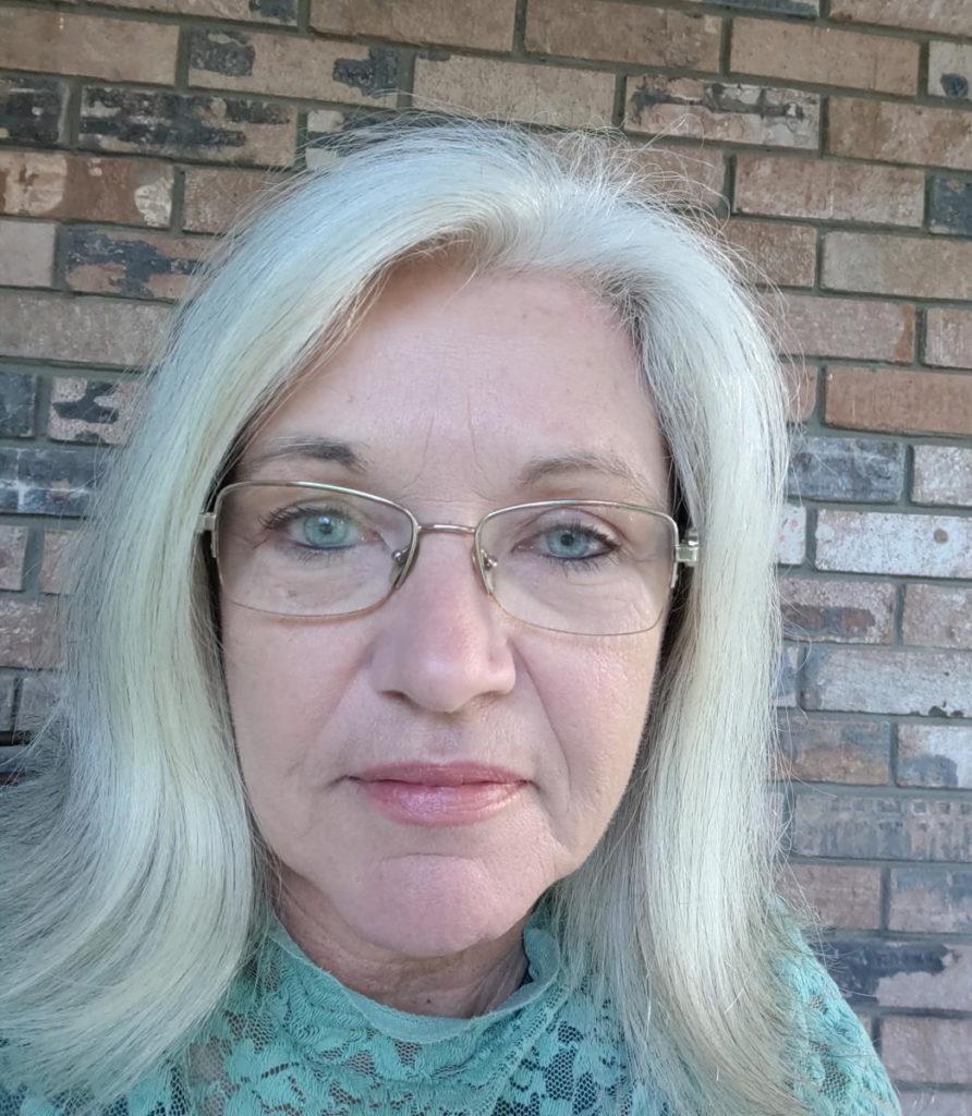 Ruth Jones Profile Image